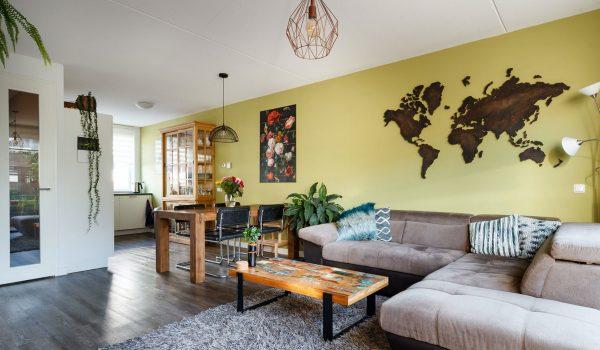 wereldkaart woonkamer